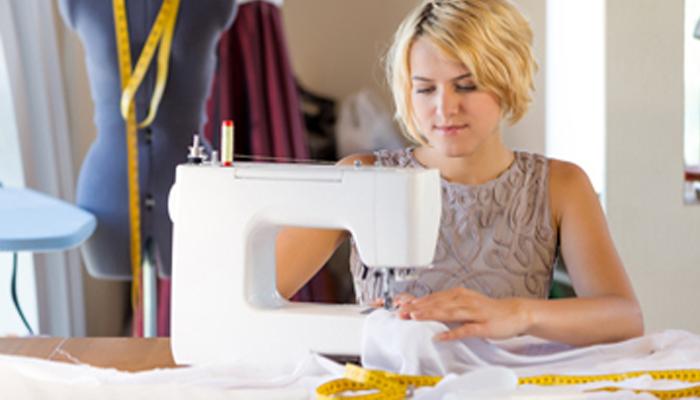 Wat is voordeliger, kleding kopen of zelf maken?